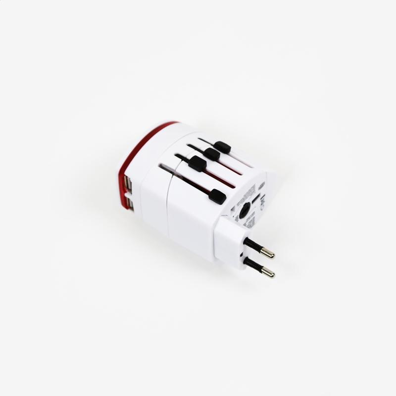 OMEGA TRAVEL ADAPTER 220-250V 4 V 1 S USB